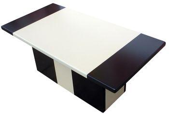 Table basse originale et design en lave émaillée